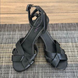 Tesori Black Leather Heeled Sandal